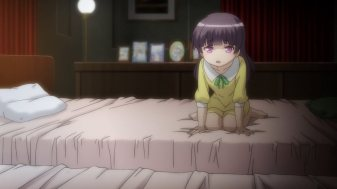 Ep 4 re-air: Still distressed, but on a bed with realistic proportions.